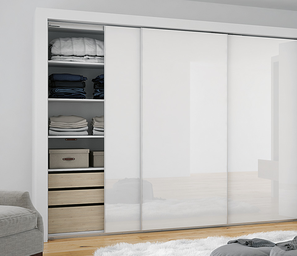 Versatile sliding door system for overlay doors: